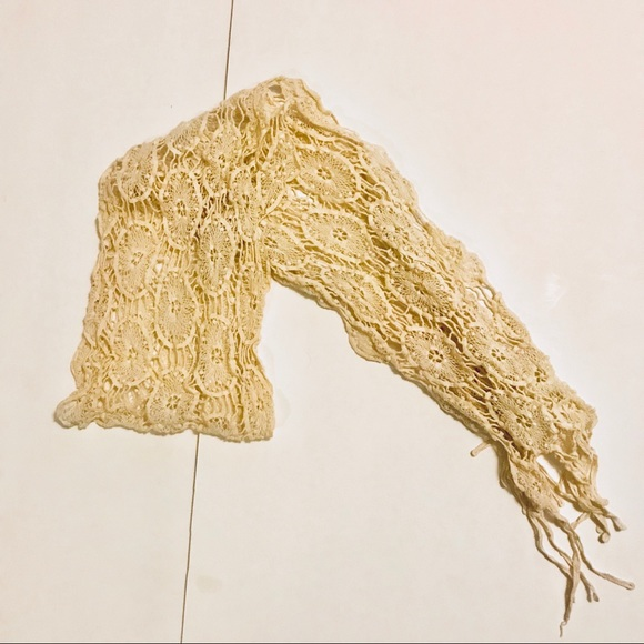 Old Navy Accessories - Old Navy cream colored crochet scarf